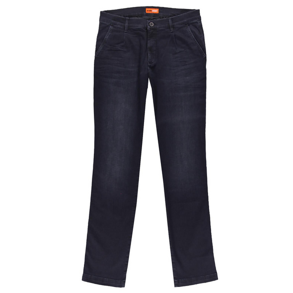 Basic Jeans aus High Stretch-Material